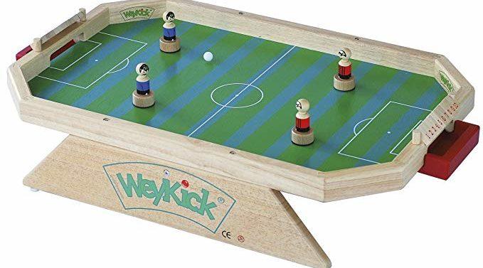 WEYKICK HOCKEY location jeu en bois location 91-75-94-78 - NB DE JOUEURS : 2-4 - PRINCIPE : Jeu de hockey dont les joueurs sont magnétisés pour des parties endiablées - DIMENSION : 71 x 46 cm
